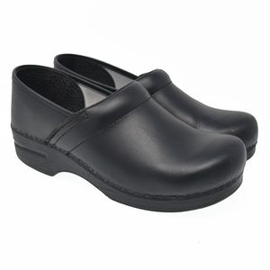 DANSKO EU 40 Black Leather Slip On Comfort Clogs